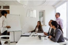 Công dụng của bảng flipchart đối với công việc văn phòng
