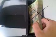 Khắc phục hiện tượng kẹt tiền khi sử dụng máy đếm tiền