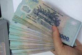 Thủ thuật phân biệt tiền thật và tiền giả hiệu quả nhất hiện nay